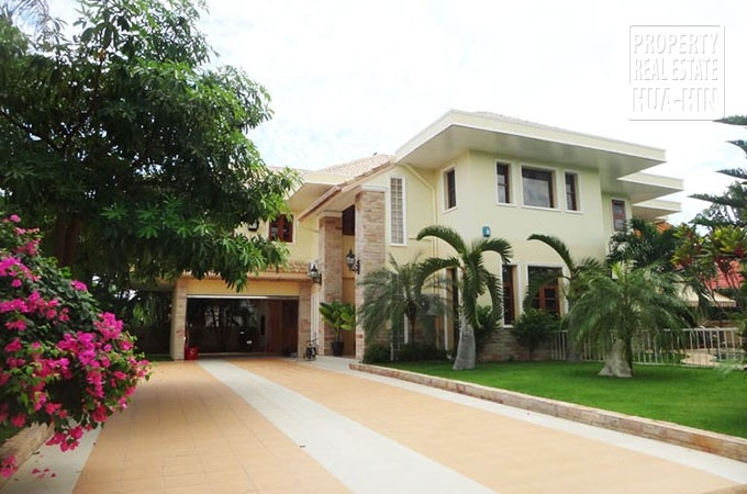 House for sale in Hua Hin Town (PRHH6962)