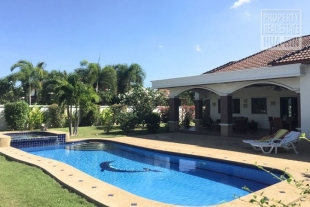 Large House for sale in Hua Hin West (PRHH8366)