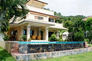 Three Level Pool House for Sale Hua Hin (PRHH8304)