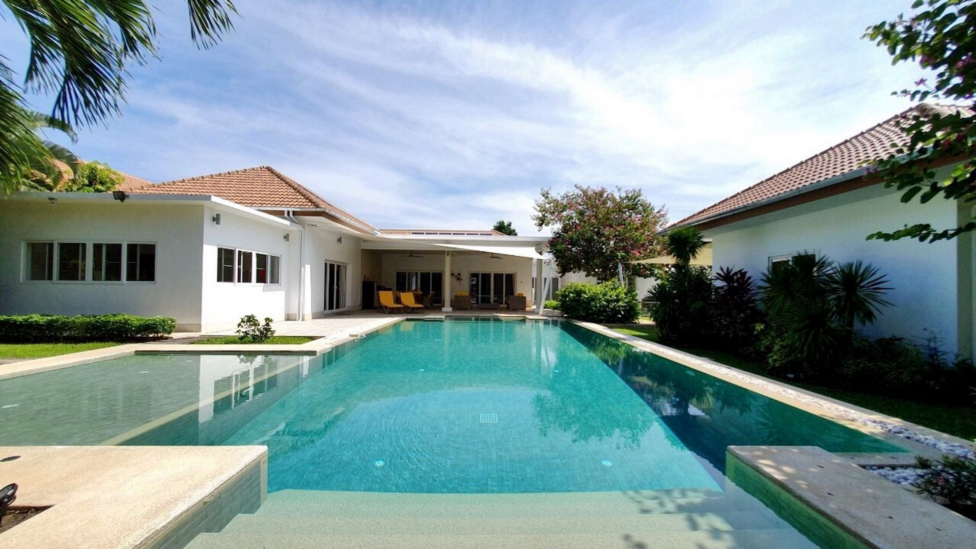 beachfront house hua hin pool villa