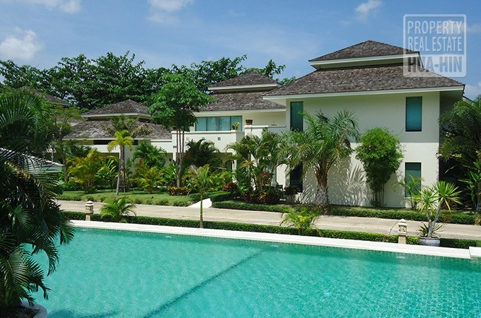 Condo for sale in Hua Hin West (PRHH6944)