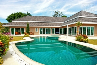 House for sale in Hua Hin North (PRHH6668)