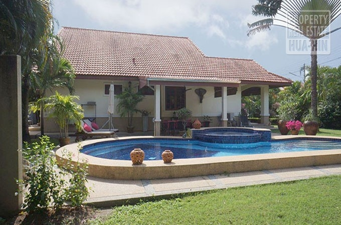 Swimming Pool Home for Sale Hua Hin Thailand (PRHH8286)