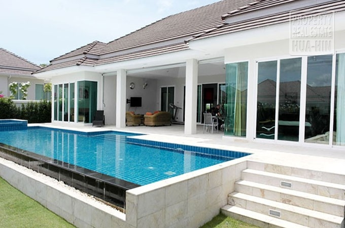 Award Winning Swimming Pool Villa For Sale Hua Hin (PRHH7524)