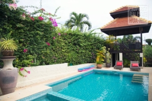 Private 3-bedroom pool villa for sale on one of the most mature projects (PRHH8686)