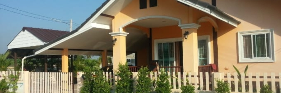 Small Cheap House For Sale with generous land size Pranburi Hua Hin (PRHH8742)