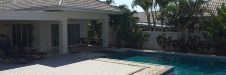 Large house with a separate guest house for sale in Hua Hin City (PRHH8758)