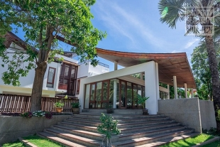Luxury beach front pool villa for sale Pranburi, Hua Hin West (PRHH9246)